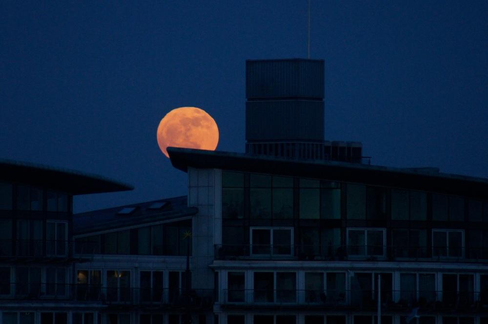 Moon over London, By Rhaiza Blanco